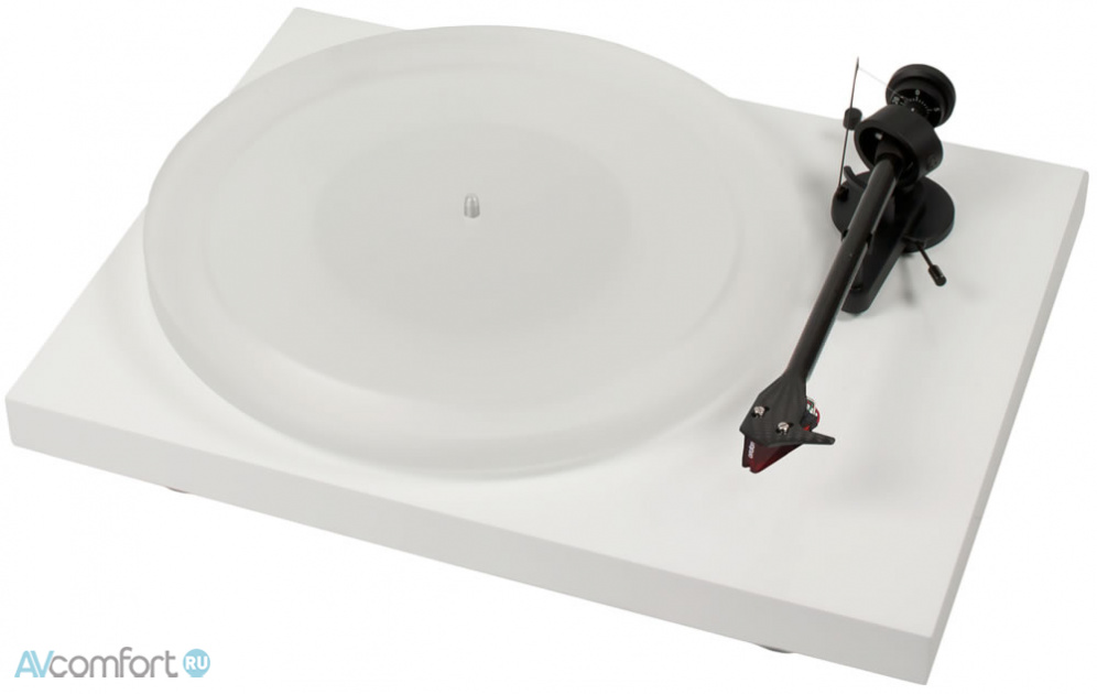 AVComfort, PRO-JECT Debut Carbon Esprit (2M-Red) White