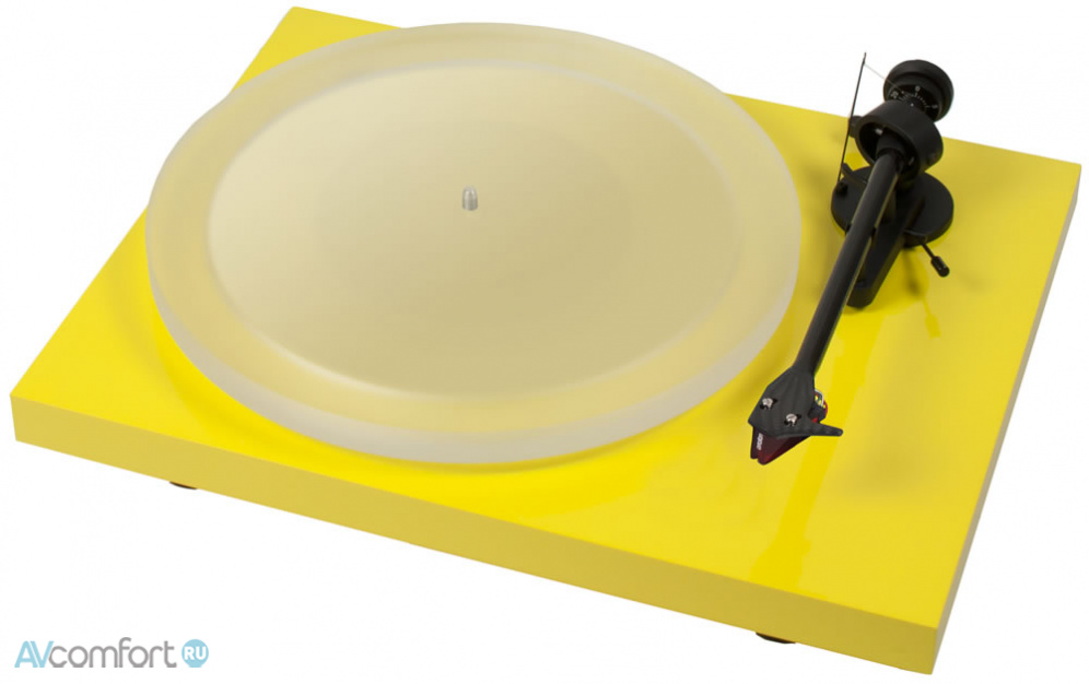 AVComfort, PRO-JECT Debut Carbon Esprit (2M-Red) Yellow